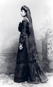 Helene Buchholtz mit langem Haar